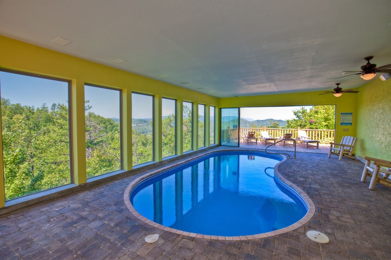 Swimming in the clouds gatlinburg 8 bedroom 5 full bathroom place to stay on vacation 103196 fr for 8 bedroom cabin with indoor pool