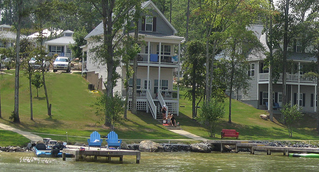 Weiss Lake 3 bedroom Lake Front Vacation Home