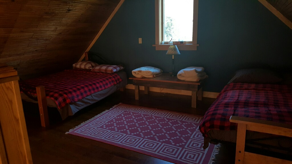 2 double futon beds in the loft area