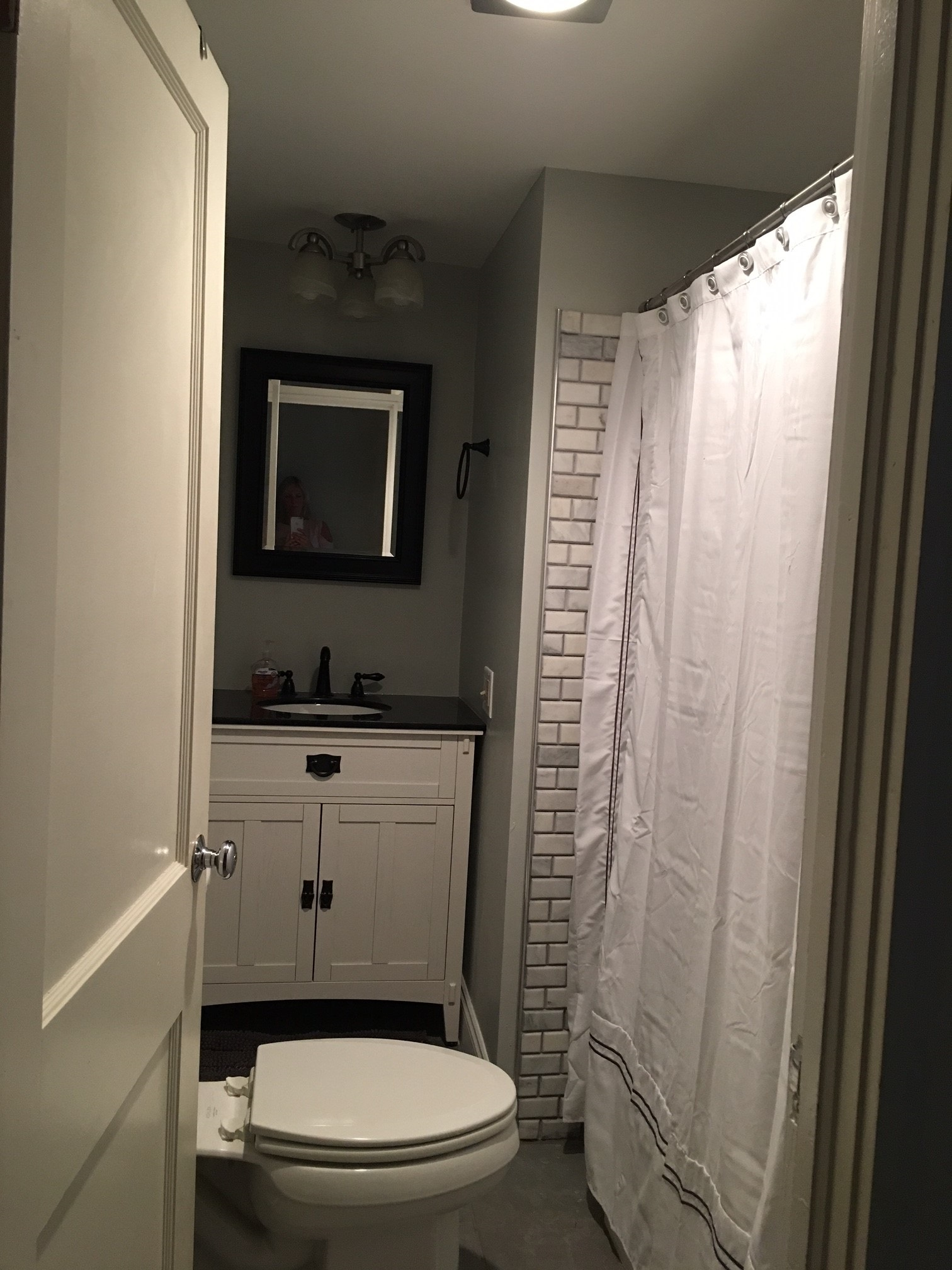 The Silver Star: Ellicottville -  Upstairs Bathroom