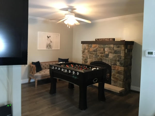The Silver Star: Ellicottville - Foos Ball Table, Lounge, Fireplace and Bar