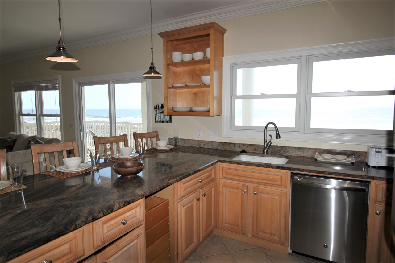 Vacation Home Rental with 6 bedrooms oceanfront on Perdido Key