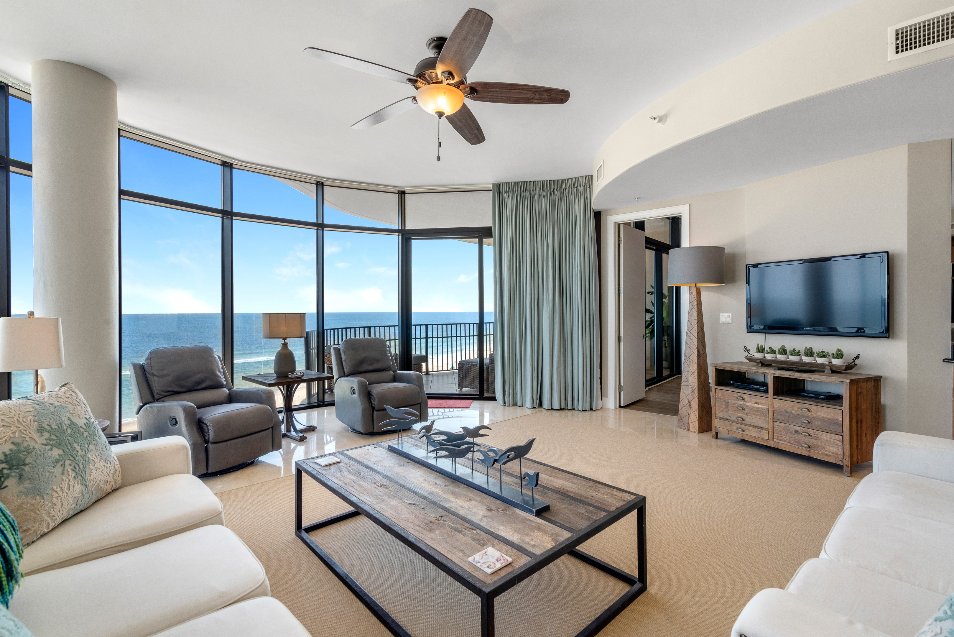 Amazing ocean views in this 4 bedroom condo rental in Perdido Key, FL
