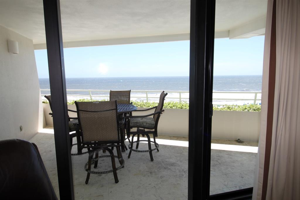 Perdido Key vacation accommodations oceanfront with 2 bedrooms