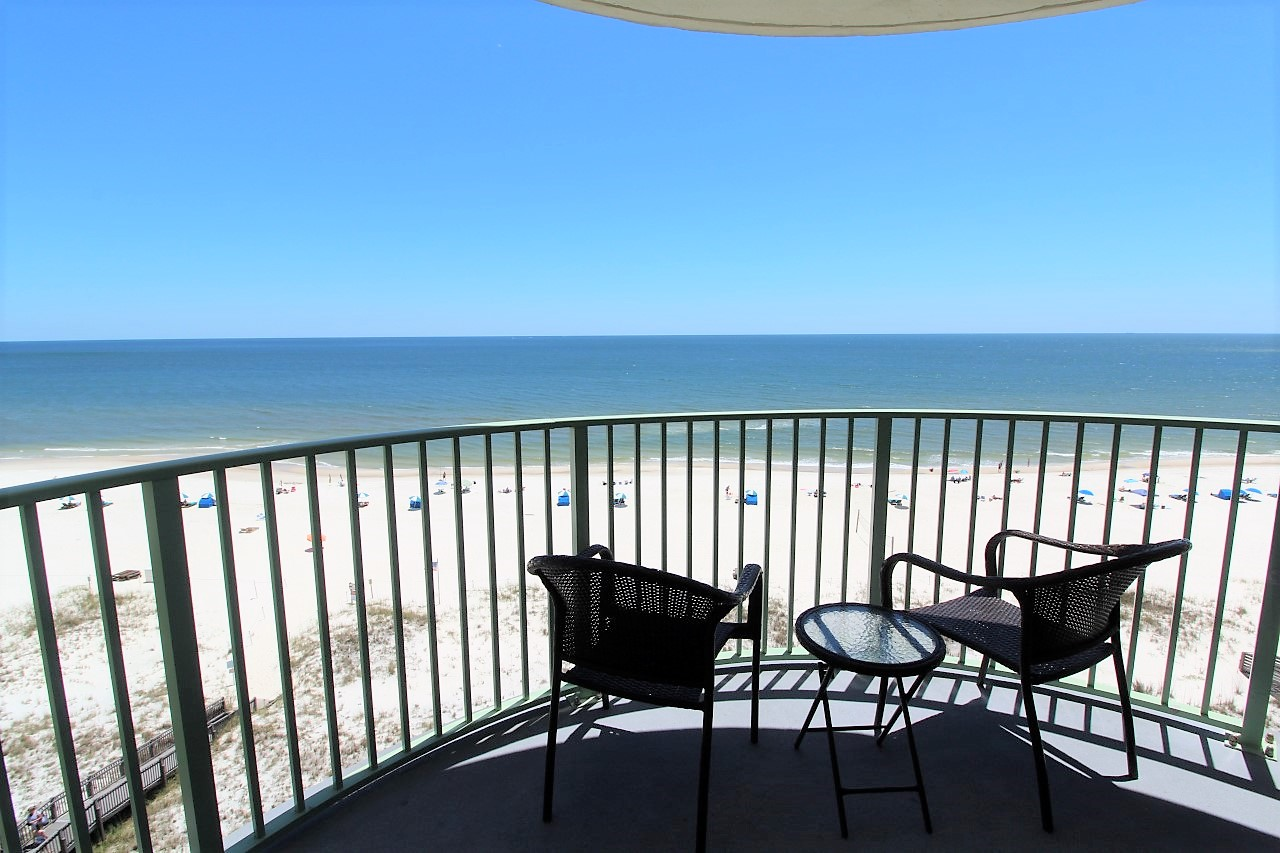 Perfect for your next romantic getaway to Perdido Key 2 bedrooms beach front vacation rental