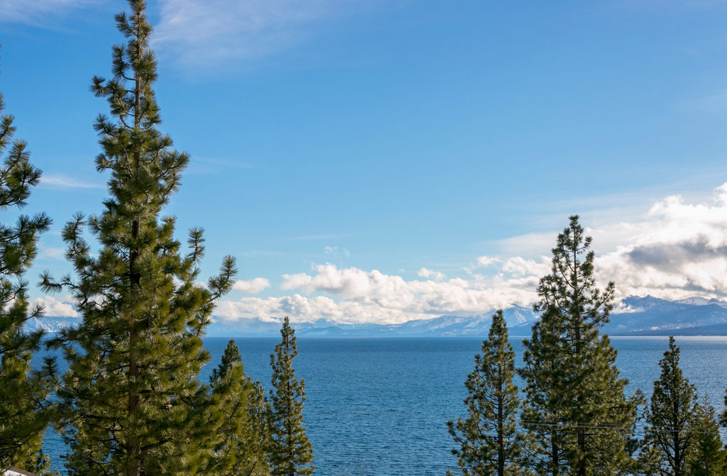 FR-Dardanelle's Lake View in Dollar Point-Tahoe City-California-27