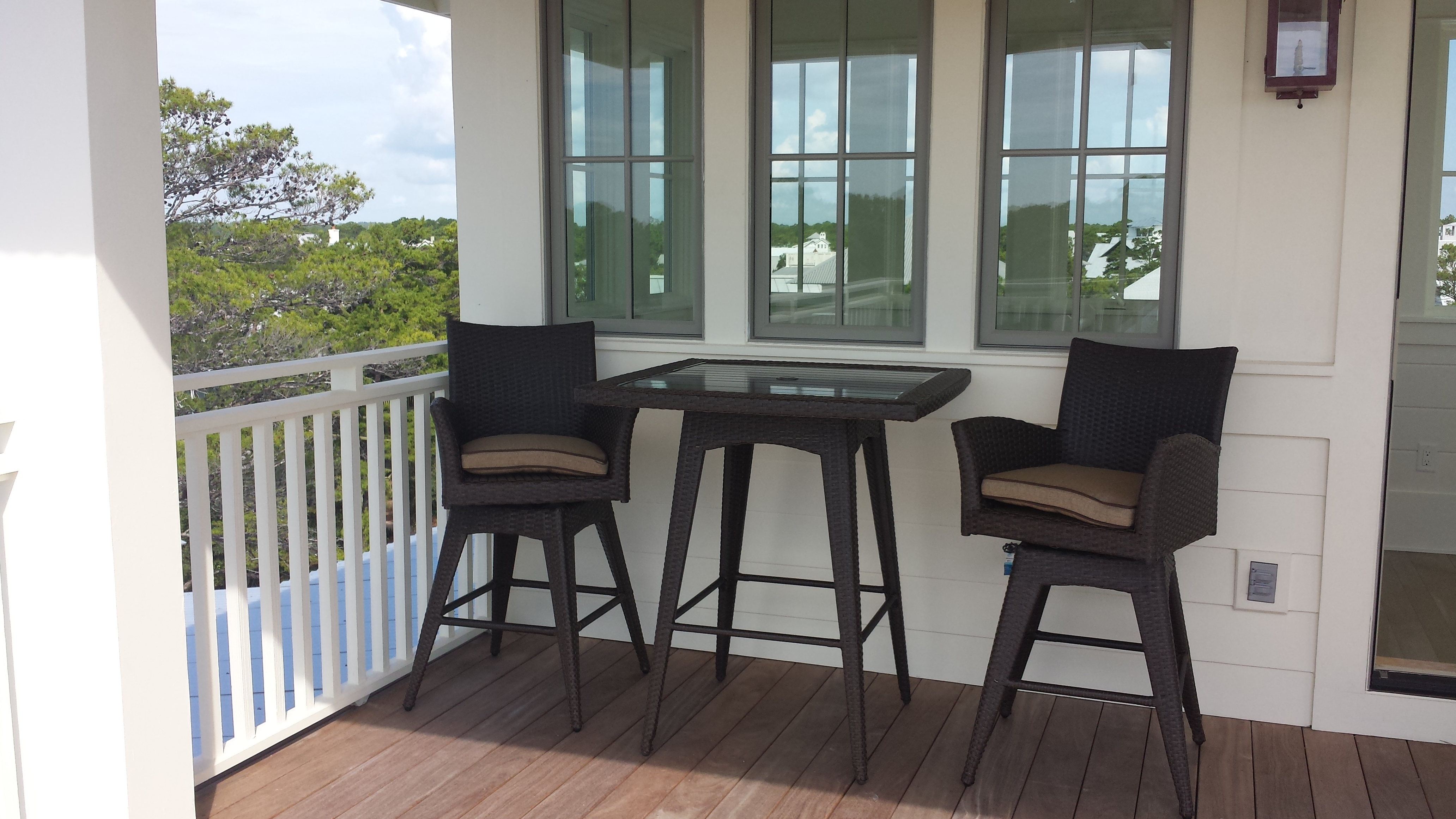 Roomy sun deck on 4th floor complete with bar table and two loungers