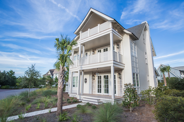 Brand new home in the beautiful and quiet Peninsula District of WaterSound