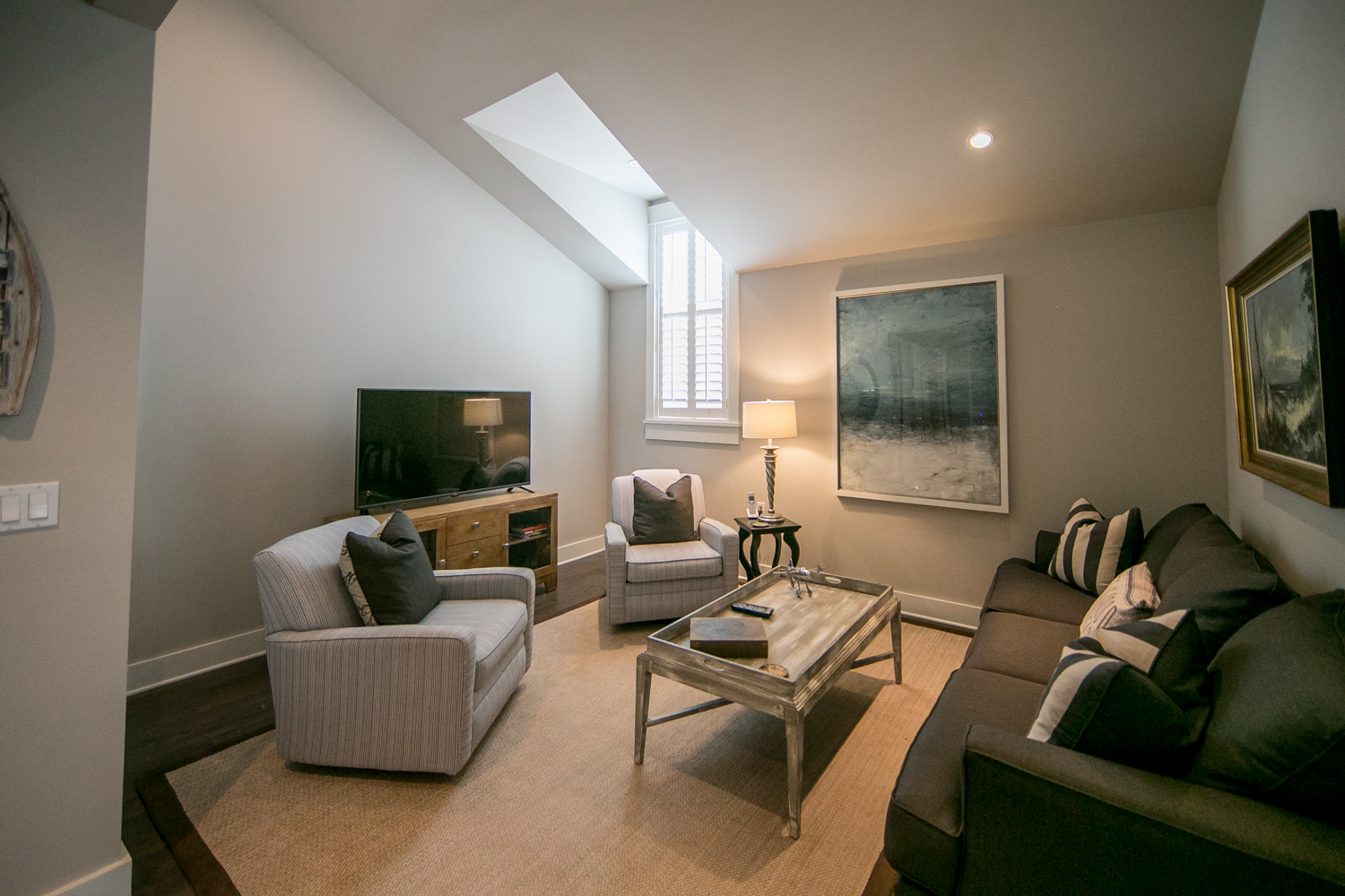Ideal second floor living room area for kids to hang out