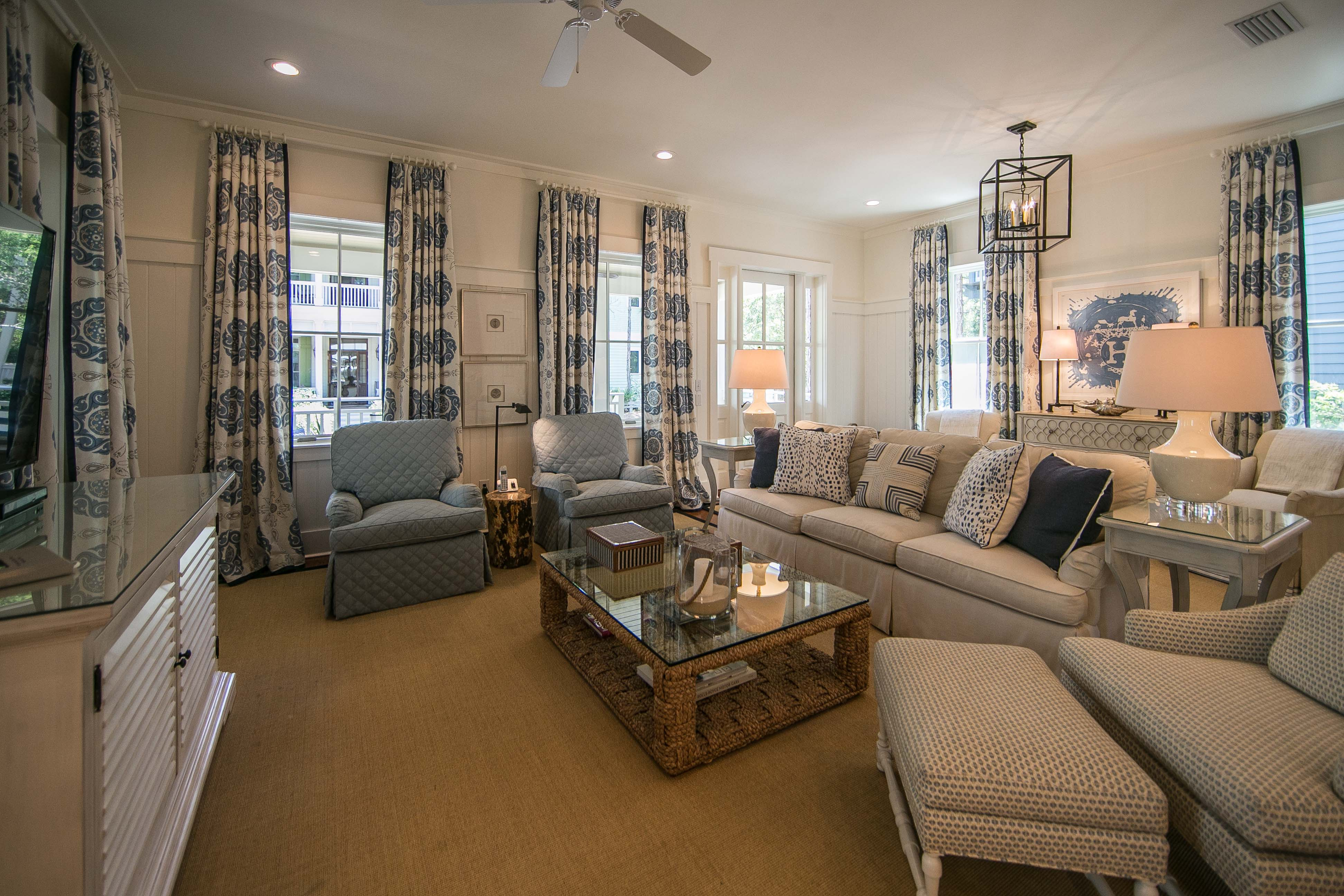 Gorgeous living room with plenty of seating