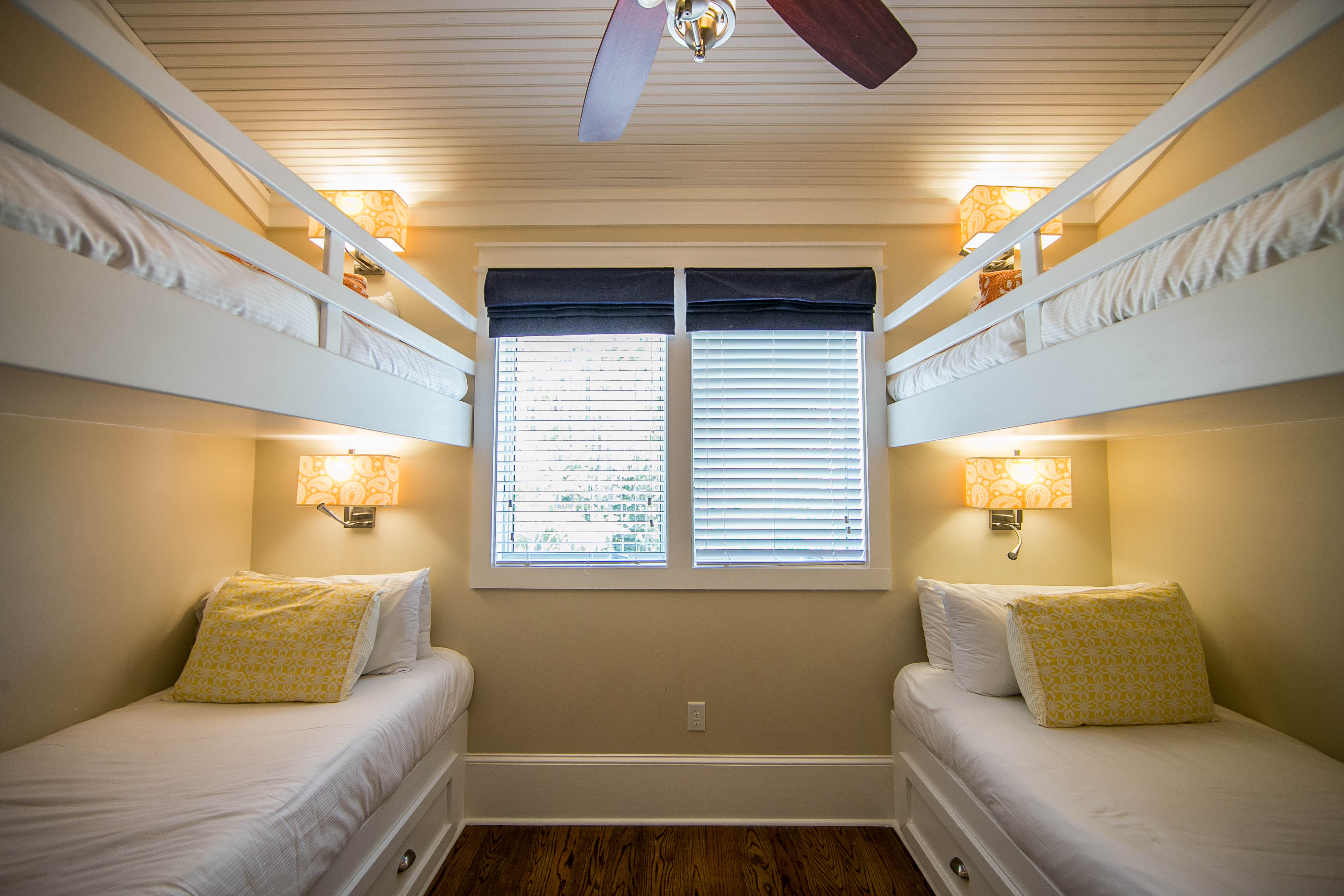 2nd Floor Bunk Room with 4 Twins