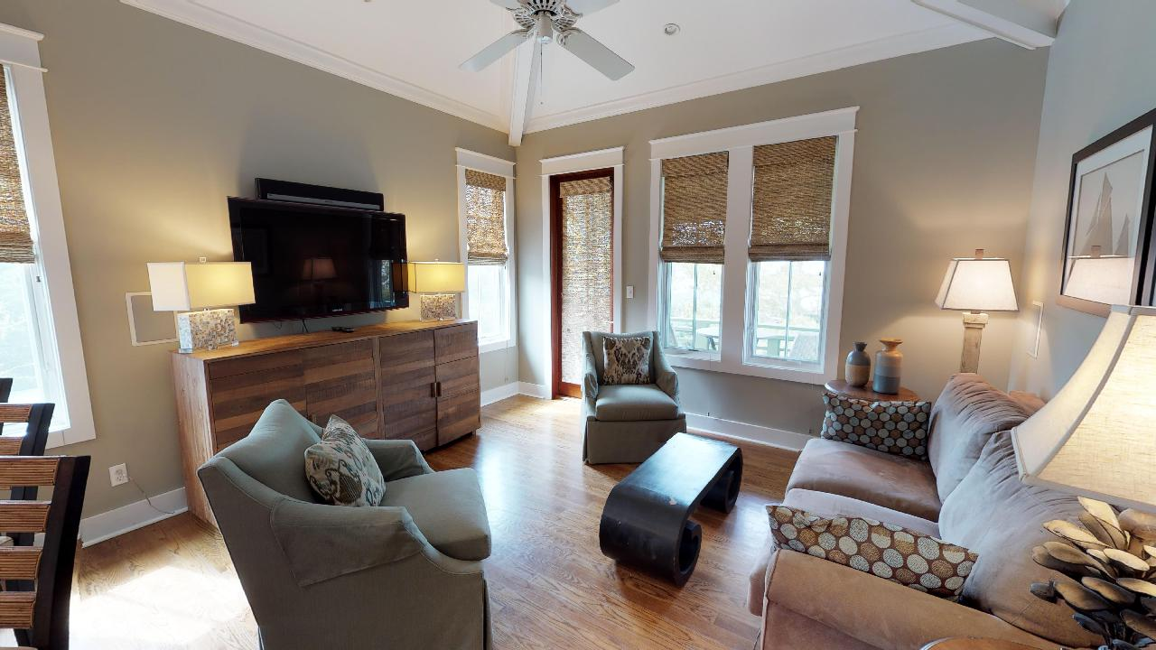 Beach Music Carriage offers a beautiful open concept living area and sleeps 4
