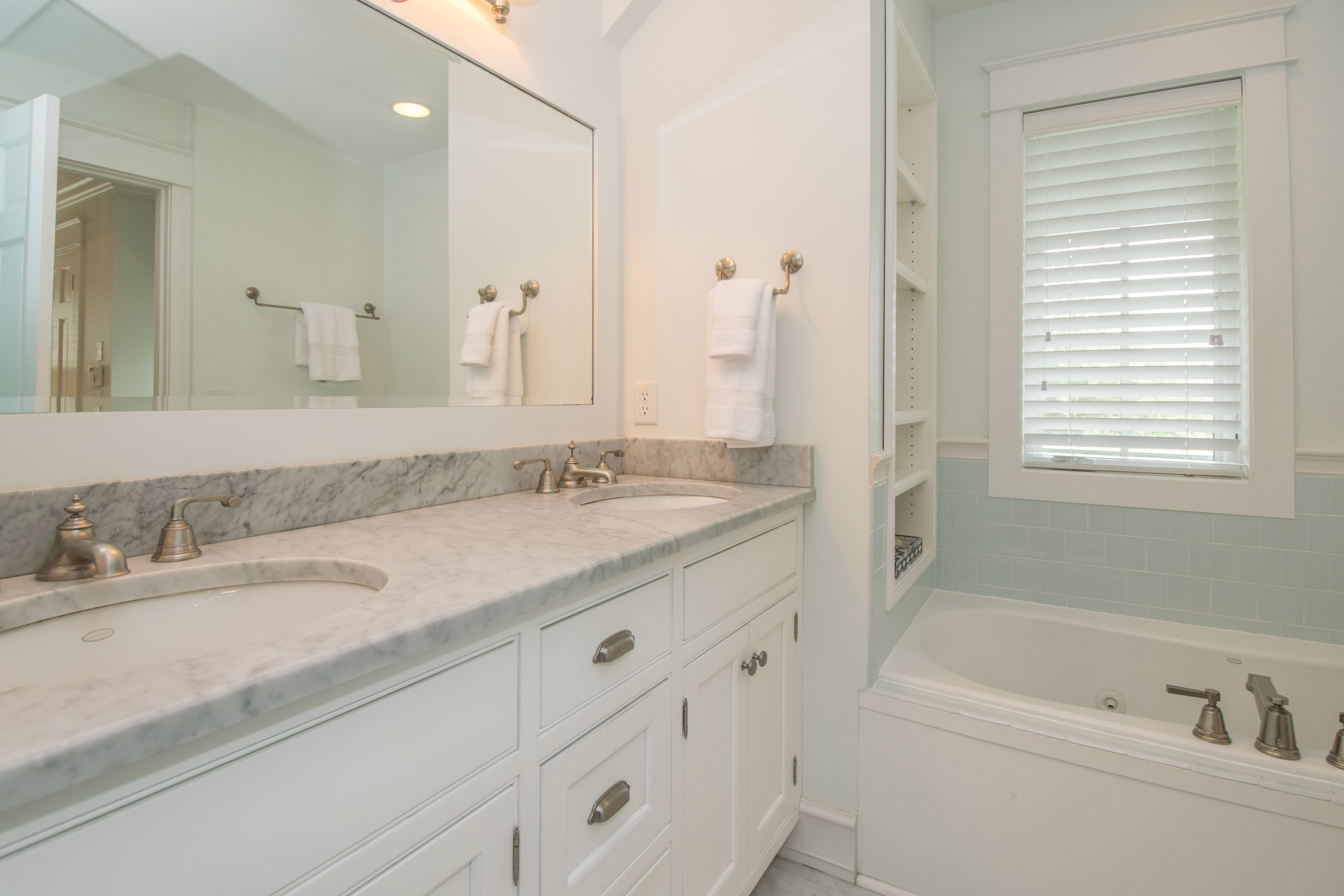 Master Bath with double sinks, soaker tub and walk-in shower