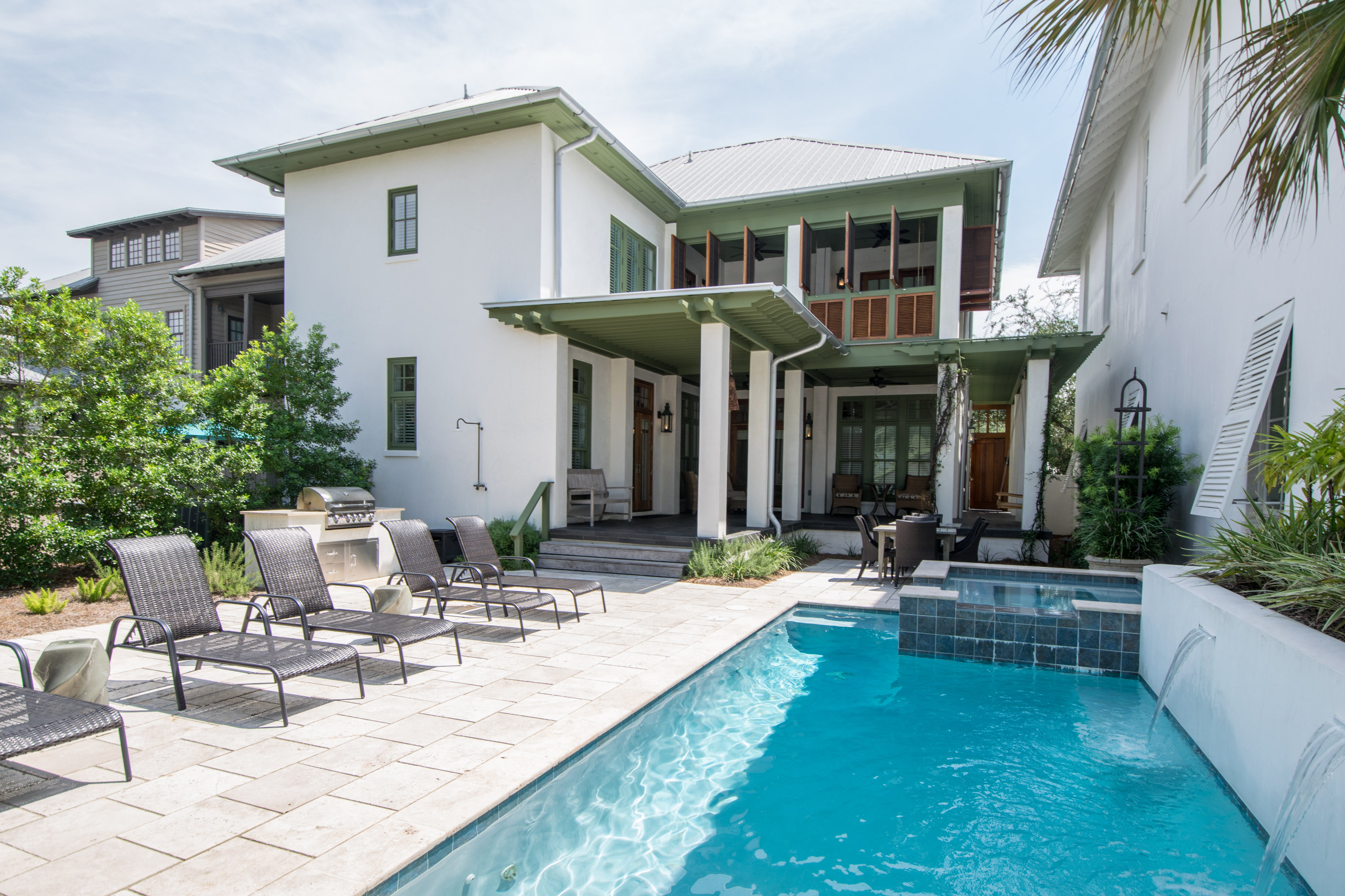 BEACH MUSIC COTTAGE with FABULOUS PRIVATE POOL and SPA .  4 Bedrooms and 4.5 Baths.  Sleeps 10.