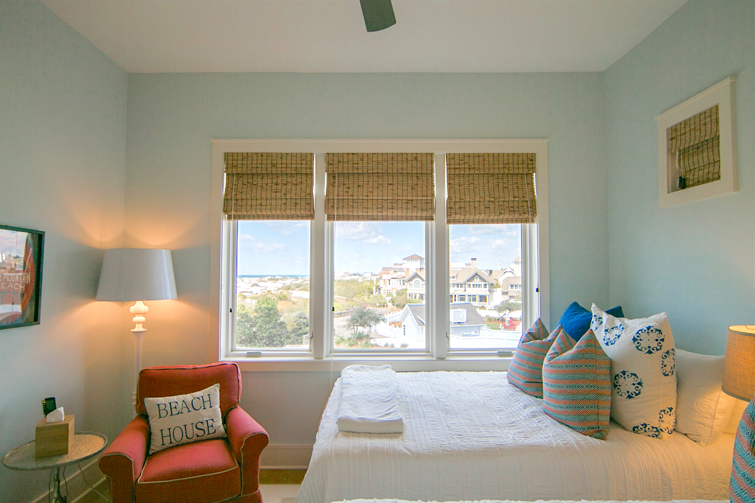 You have beautiful gulf views from the double queen bedroom