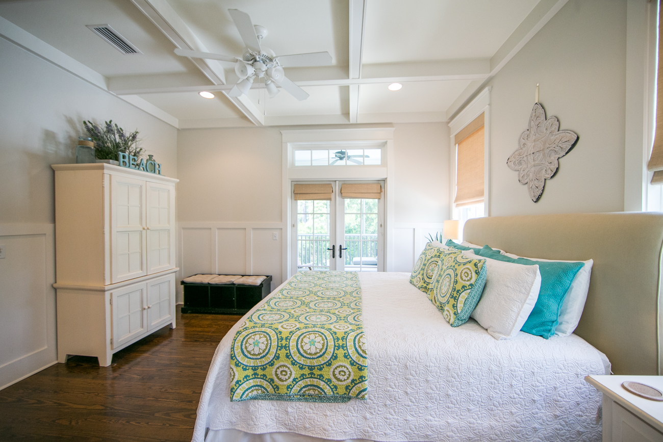 Tray Ceilings bright and cheerful