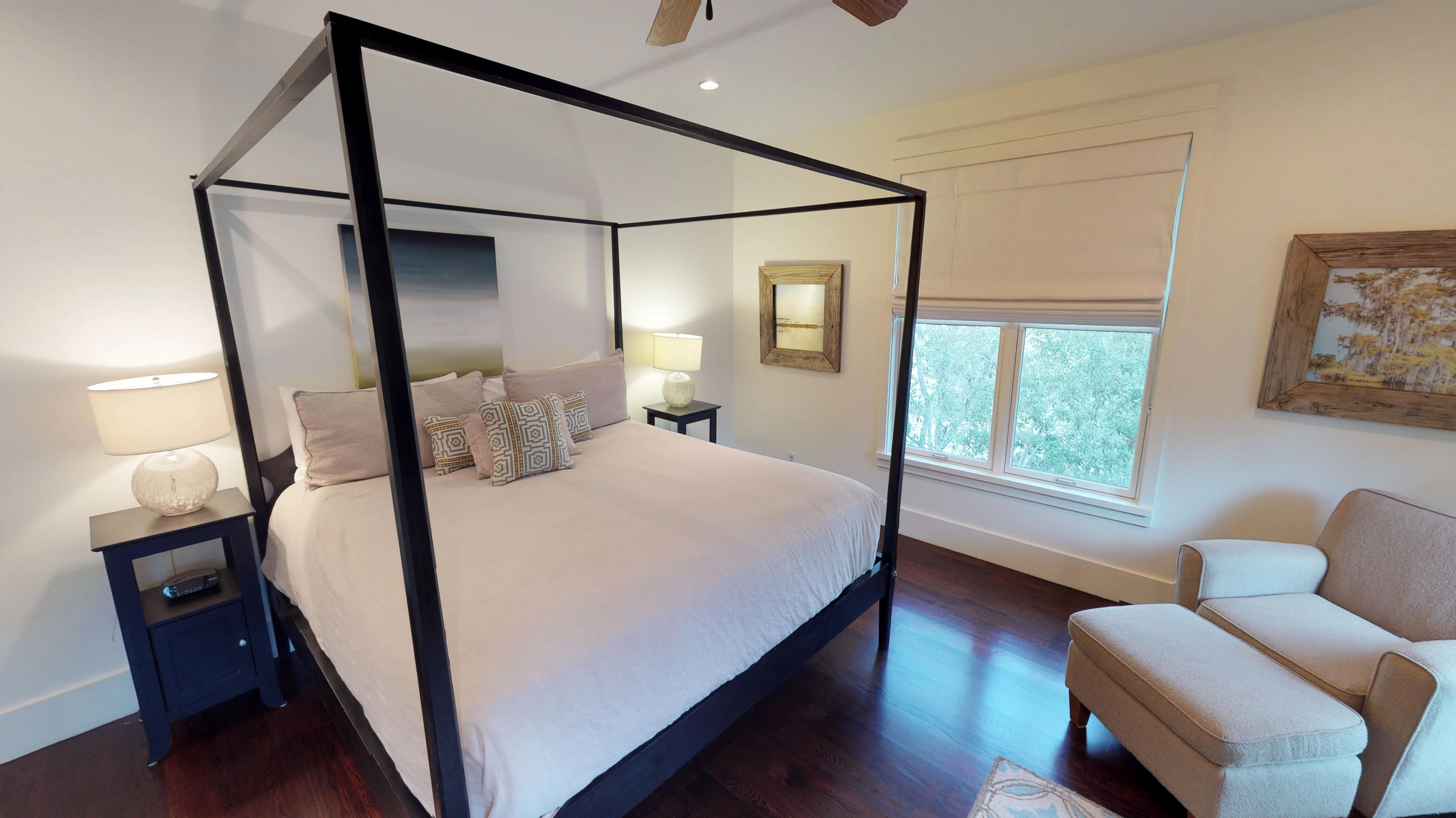 Four poster king bed in the master