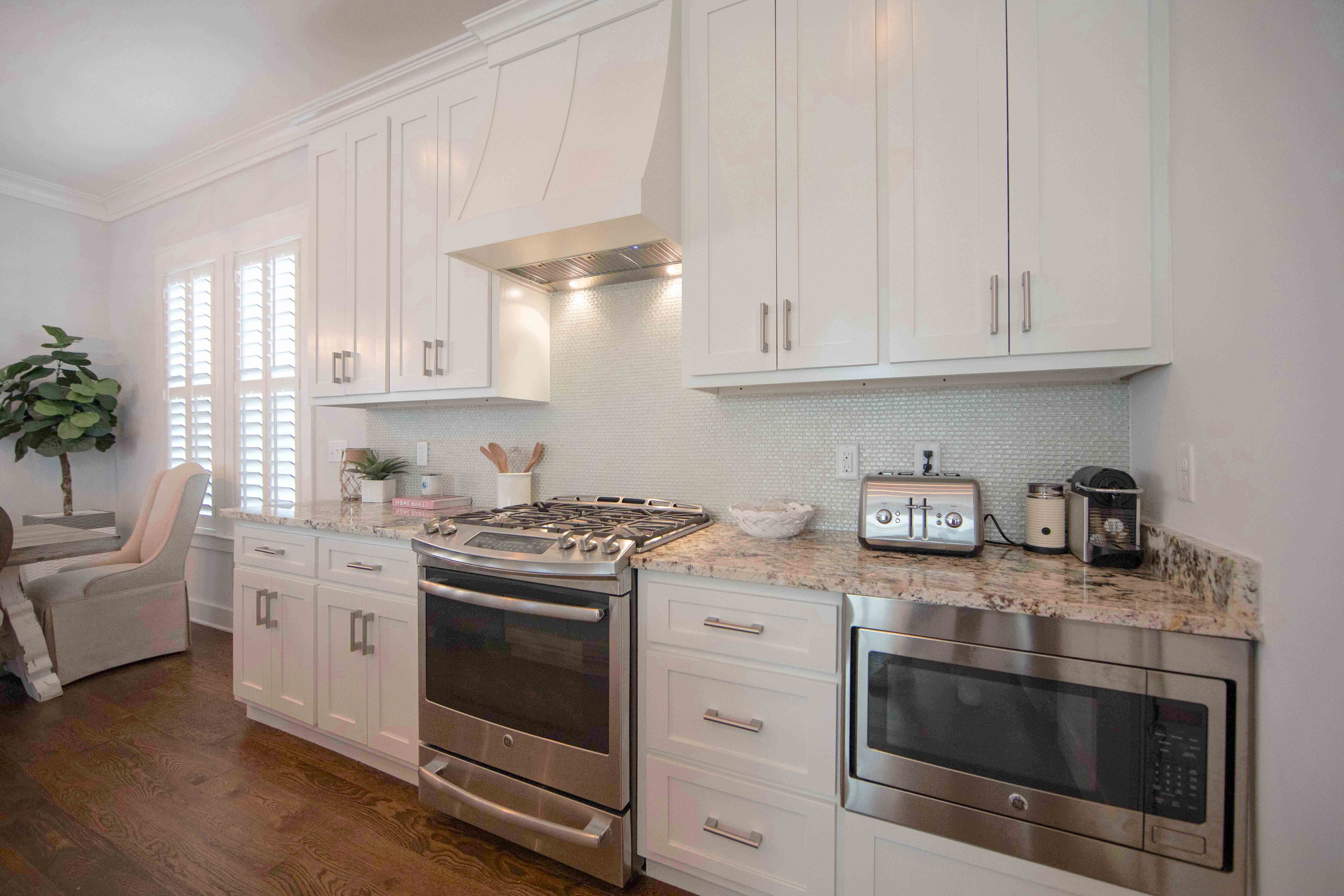 Beautiful Stainless Steel appliances with well stocked kitchen for preparing your family meals.