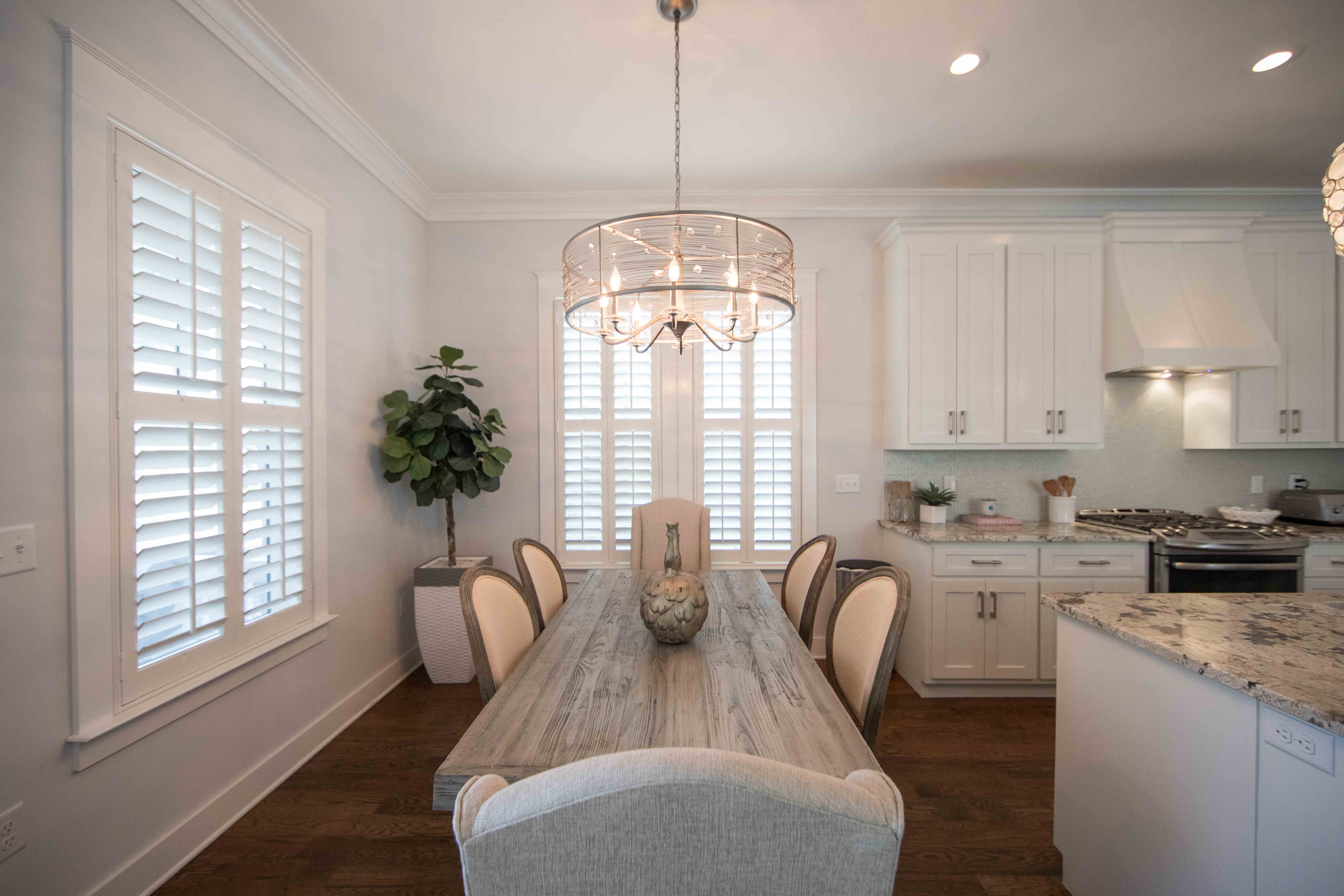 Great family table for making great conversation over a wonderful meal with those you love.