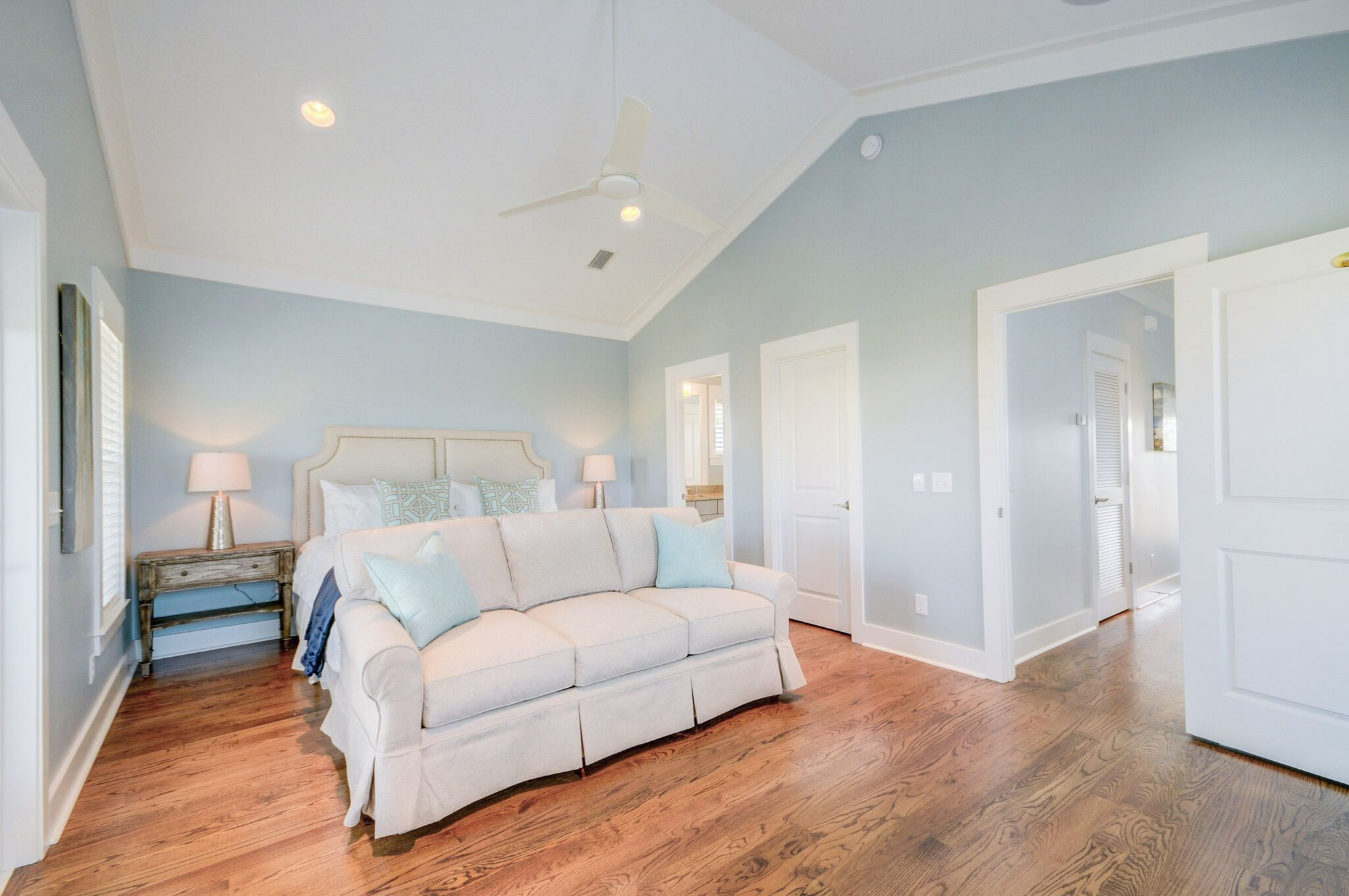 3rd Floor King Master Suite with Private Balcony and Ensuite Bathroom