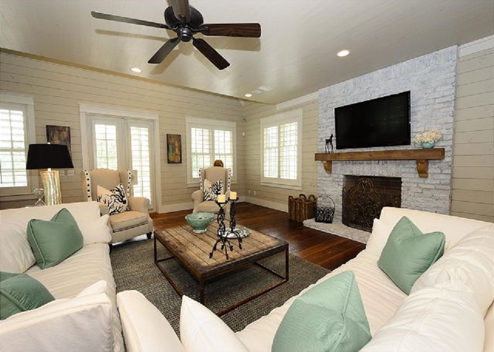 Large, Sun-Lit Open Concept Living Area on Second Floor with Fireplace and Flat Screen TV