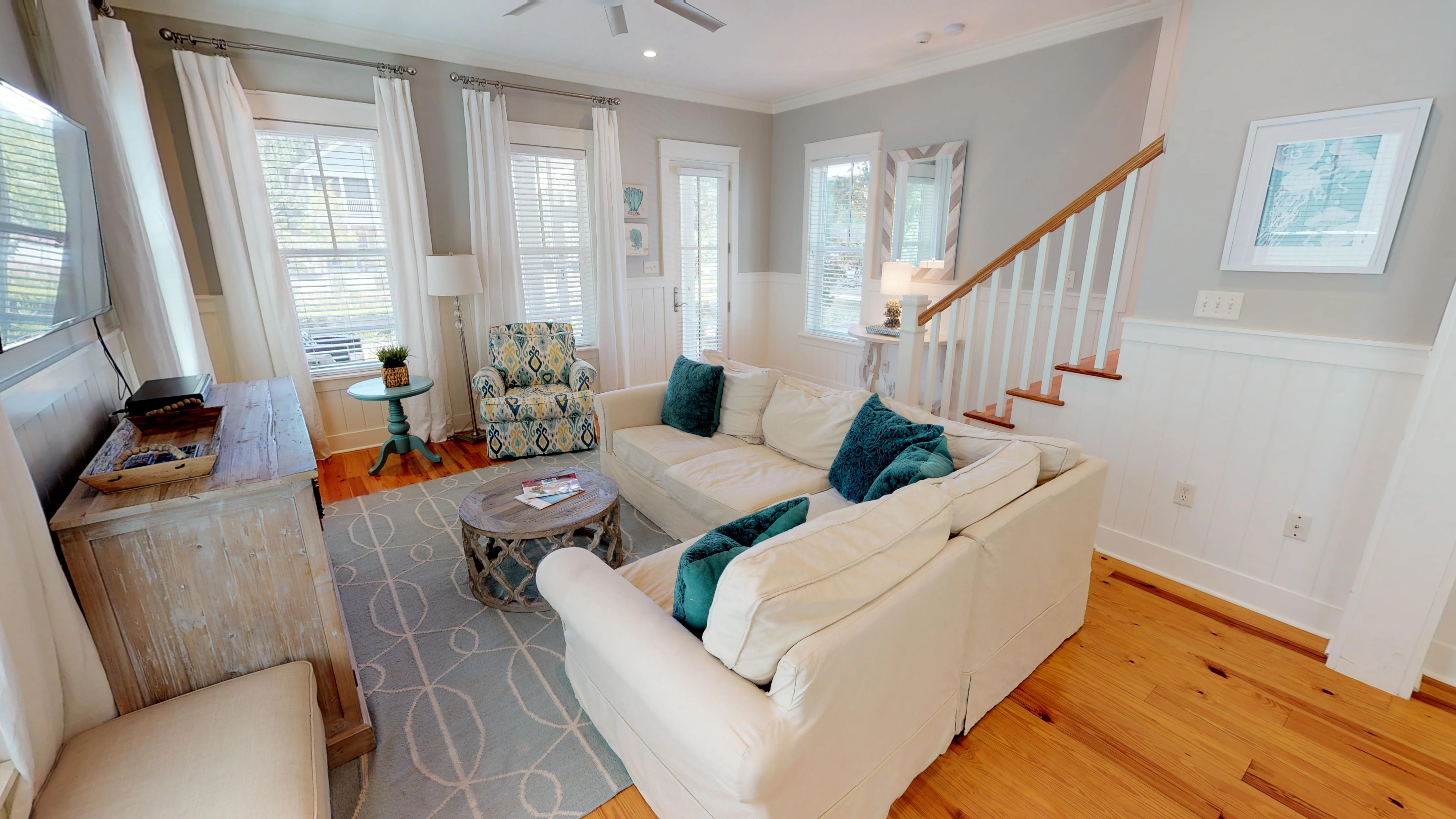 Charming Living Space with Plenty of Seating for Family and Friends