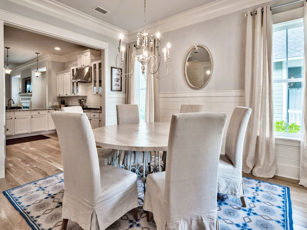 Sophisticated dinning area with seating for five