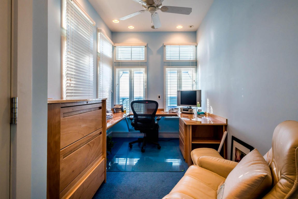 Office located in the master