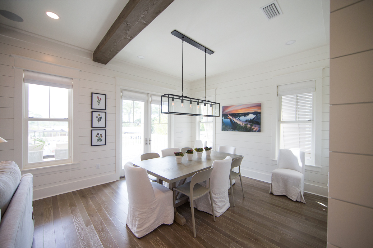 Dining area with balcony access
