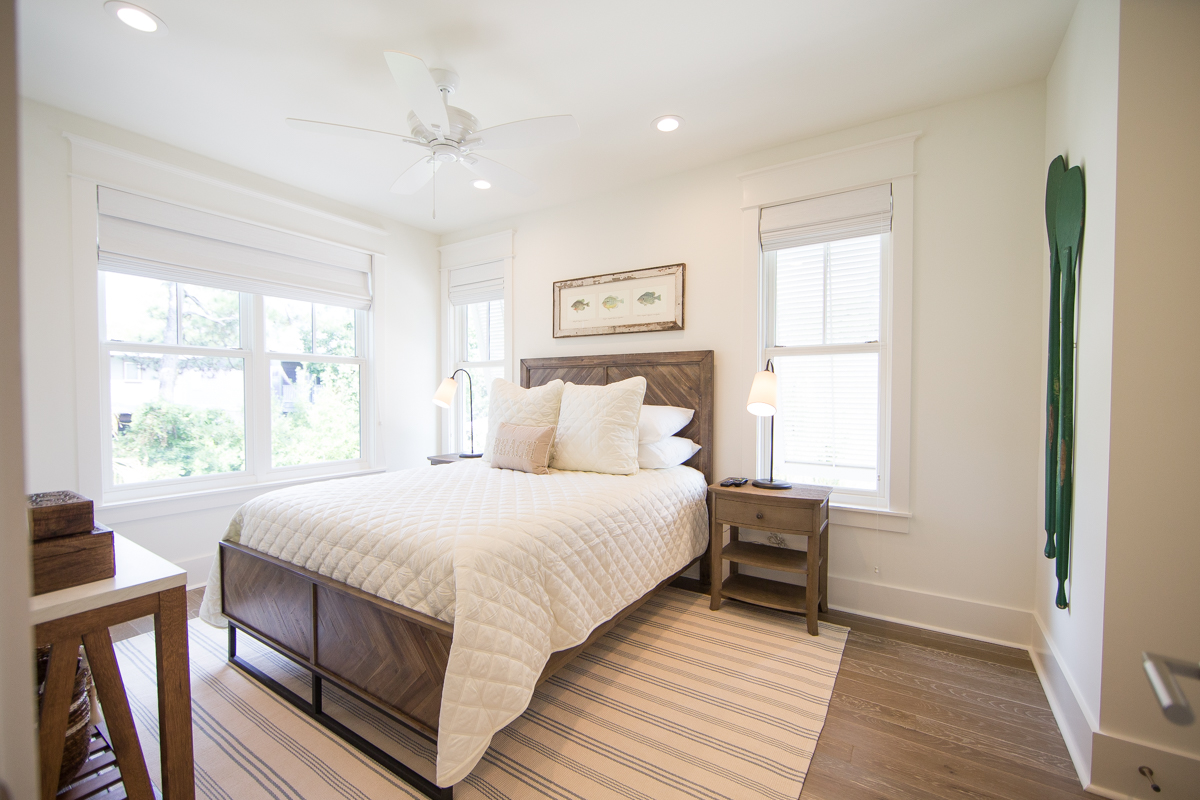 Queen guest room located on the 3rd floor