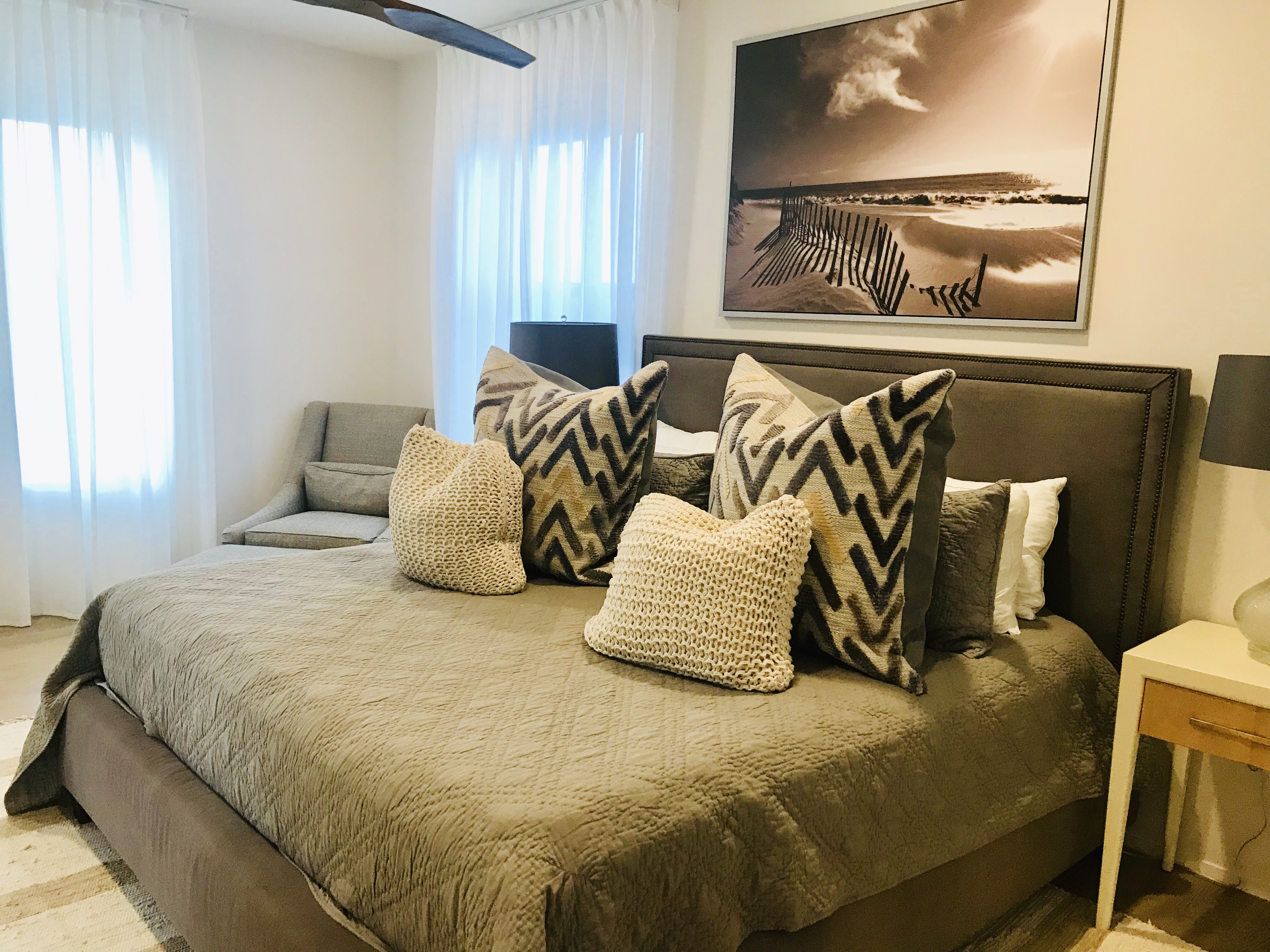 King guest bedroom that shares the Jack and Jill bath