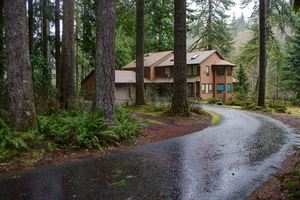 FR-Clearwater Lodge-Brightwood-Oregon-01