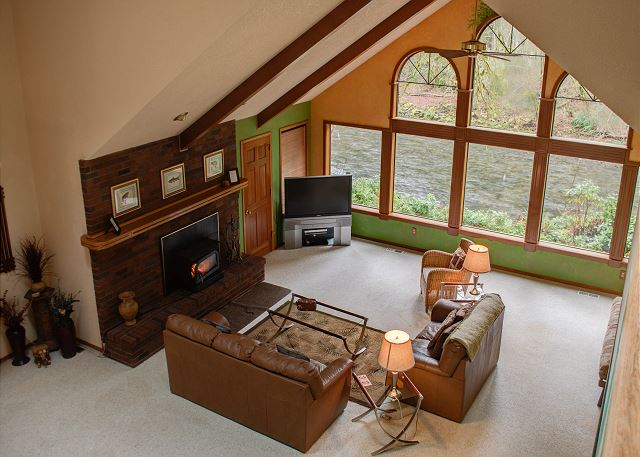 FR-Clearwater Lodge-Brightwood-Oregon-05