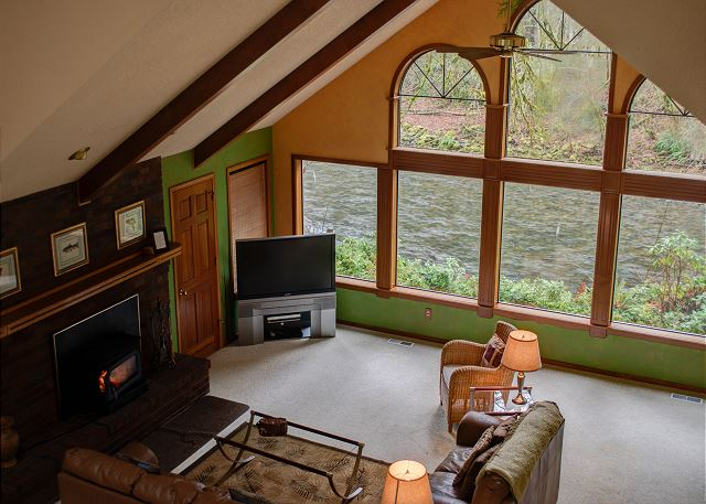 FR-Clearwater Lodge-Brightwood-Oregon-06