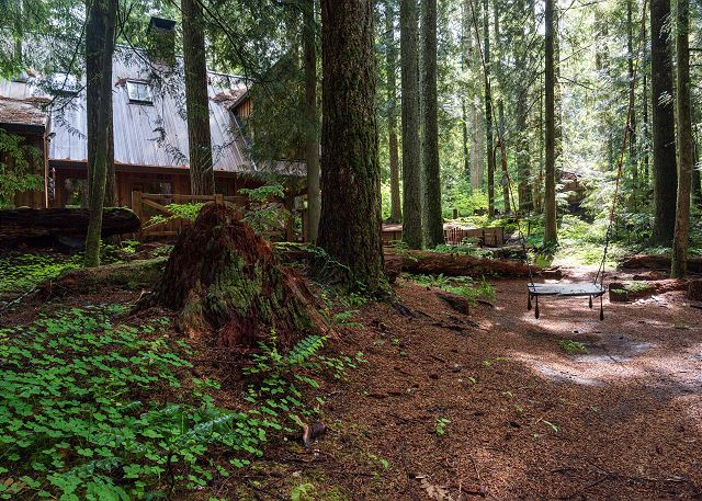 FR-Sycamore Lodge-Rhododendron-Oregon-38