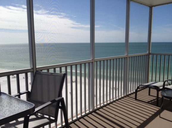 Gulf Front vacation rental condo on the beach with 2 bedrooms and pool in Siesta Key