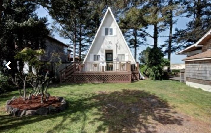 Cannon Beach ocean view vacation home rental with 3 bedrooms