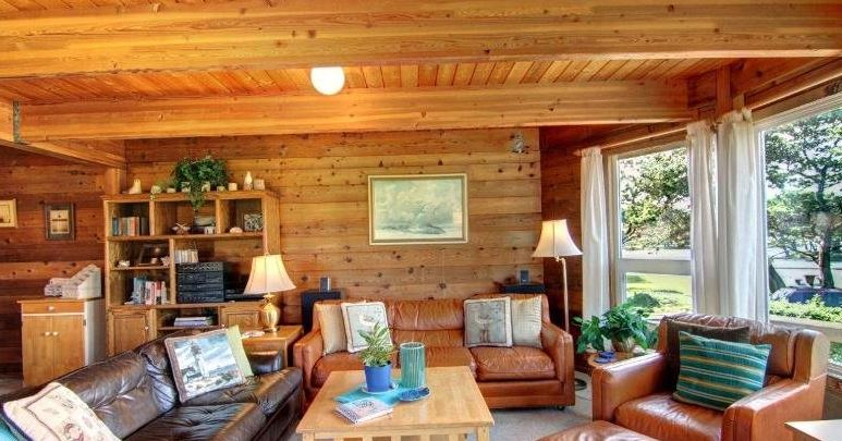 Cannon Beach ocean view vacation home rental sleeps 8