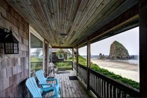 Cannon Beach oceanfront vacation rental with 3 bedrooms