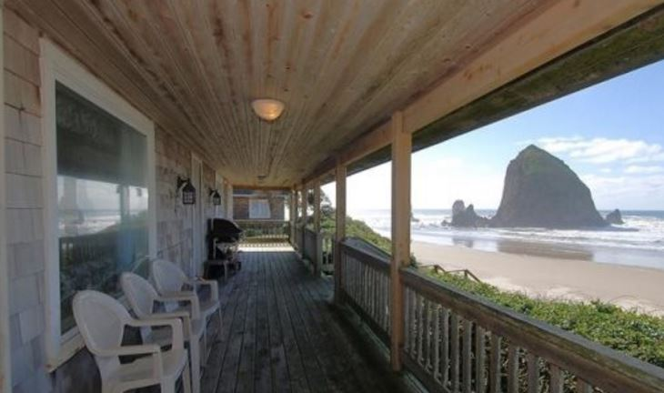 Oceanfront vacation rental in Cannon Beach with 3 bedrooms