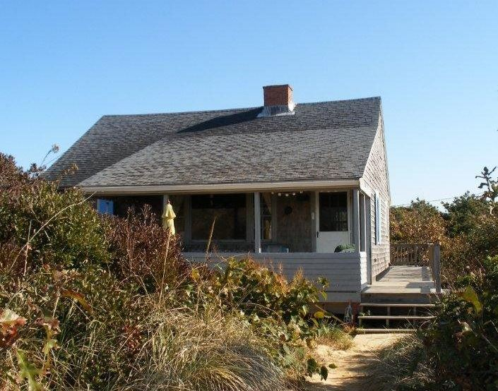 Oceanfront vacation rental in Cape Cod with 3 bedrooms