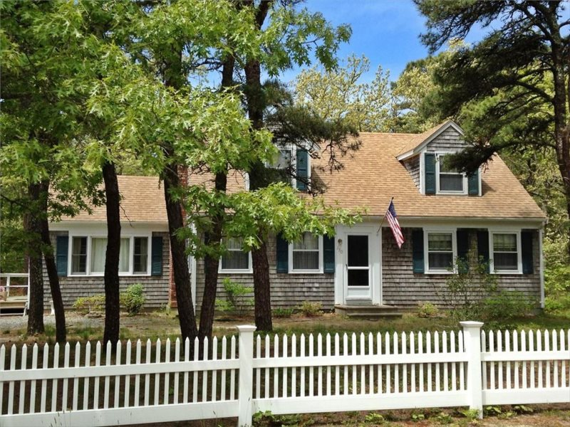 Close to Coast Guard Beach this Cape Cod vacation home has 4 bedrooms and easy access to Free Shuttle