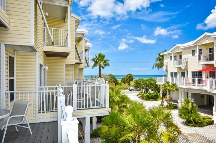 Ocean view 3 bedroom vacation rental in Bradenton Beach, FL just steps to the beach in Anna Maria Island