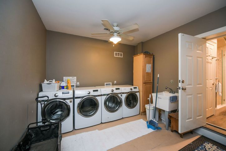 DOUBLE WASHER AND DRYERS