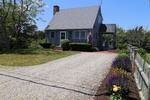 Cape Cod 2 bedroom home great for a small family vacation walk to the beach