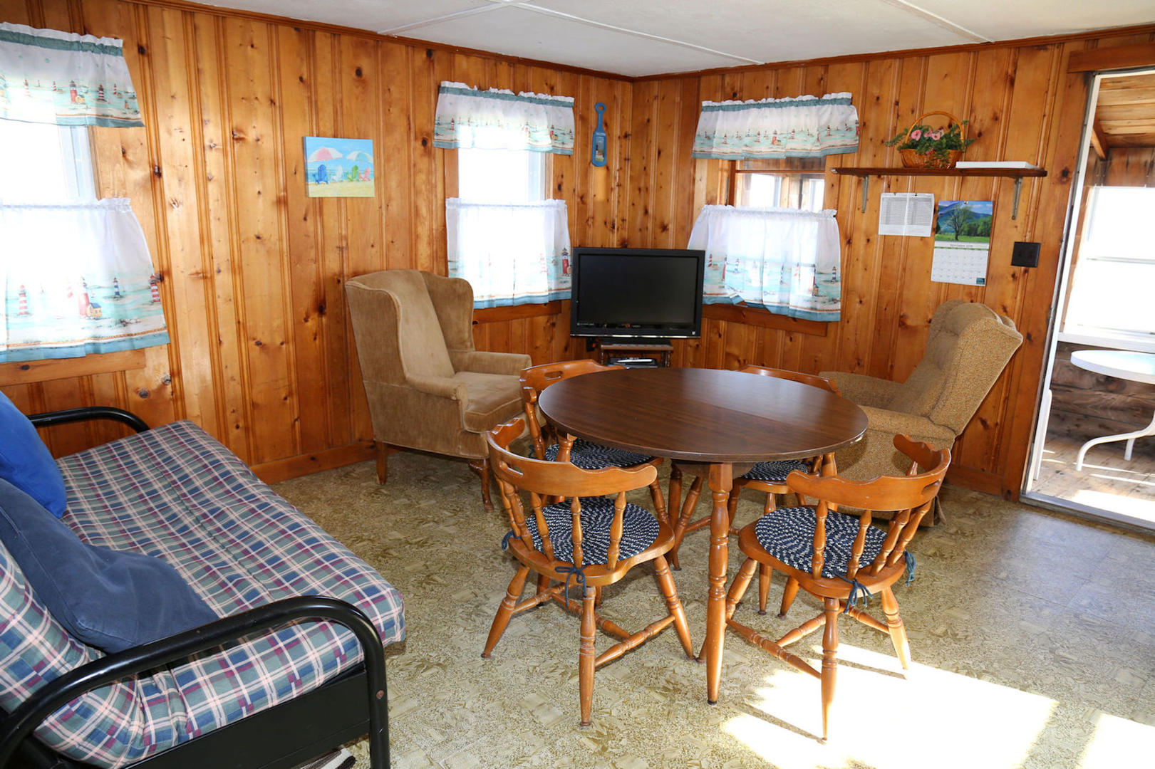 Dining/Living opens to porch
