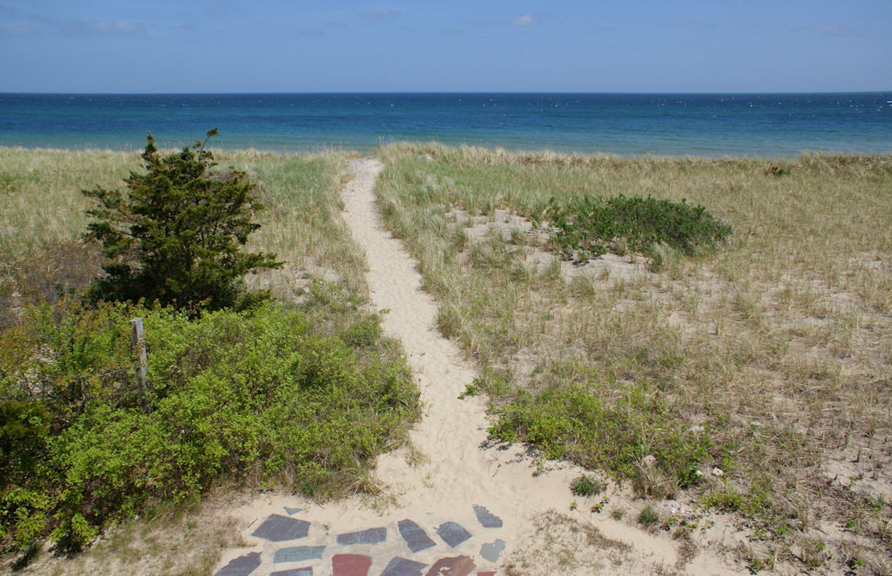 Private pathway to the beach