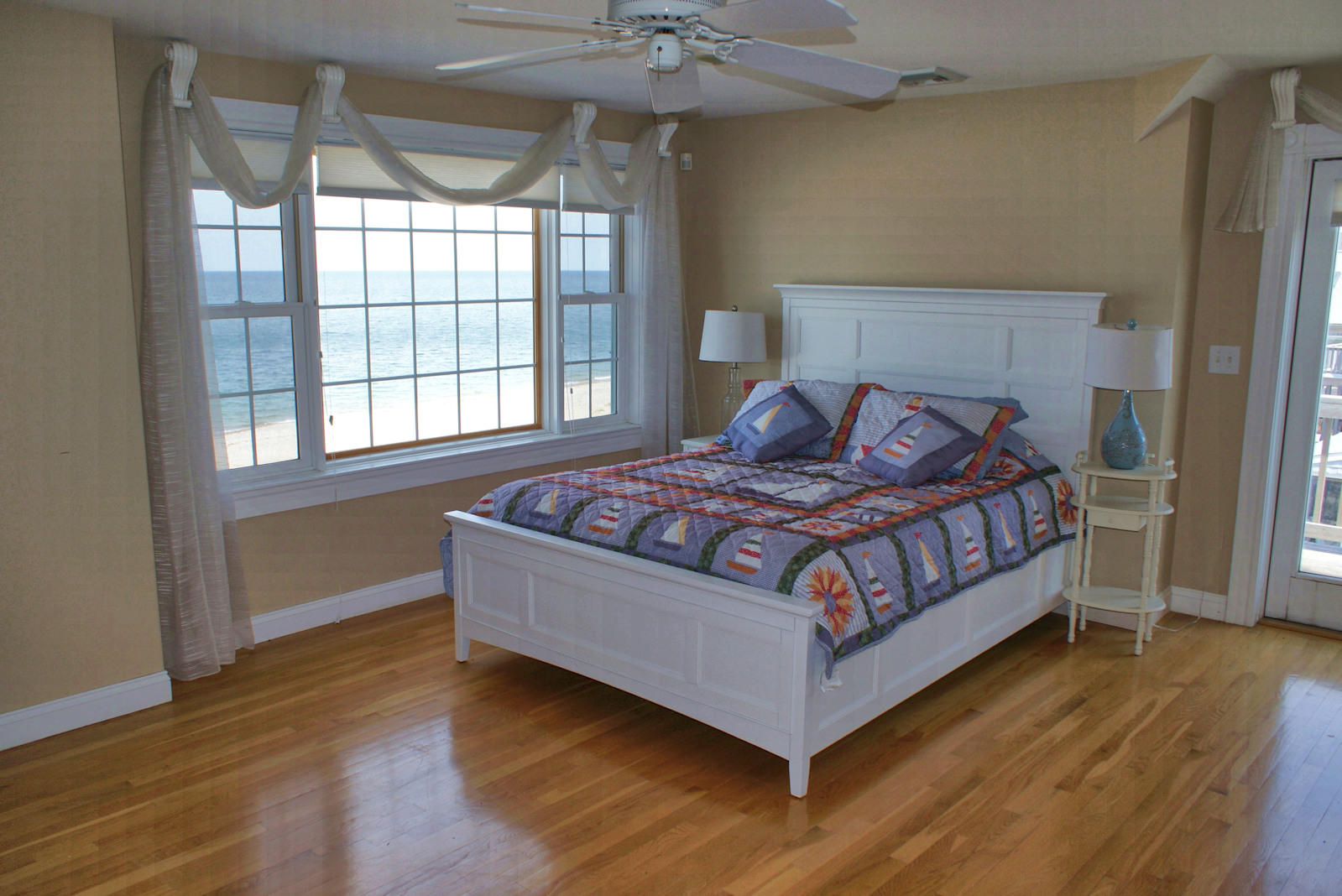 Master BDRM w/Queen and private deck