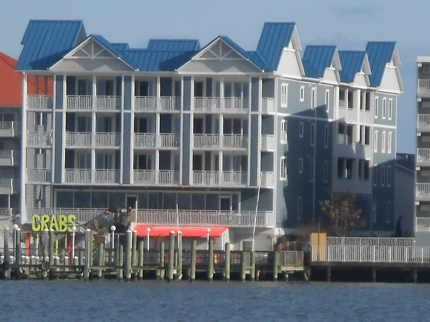 Ocean City 3 bedroom condo rental on the bay close to the beach with pool