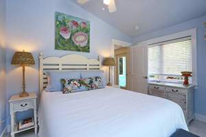 Master En-Suite with Queen size bed